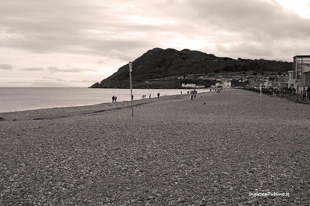 D'estate o d'inverno la spiaggia di Bray: un fascino d'altri tempi